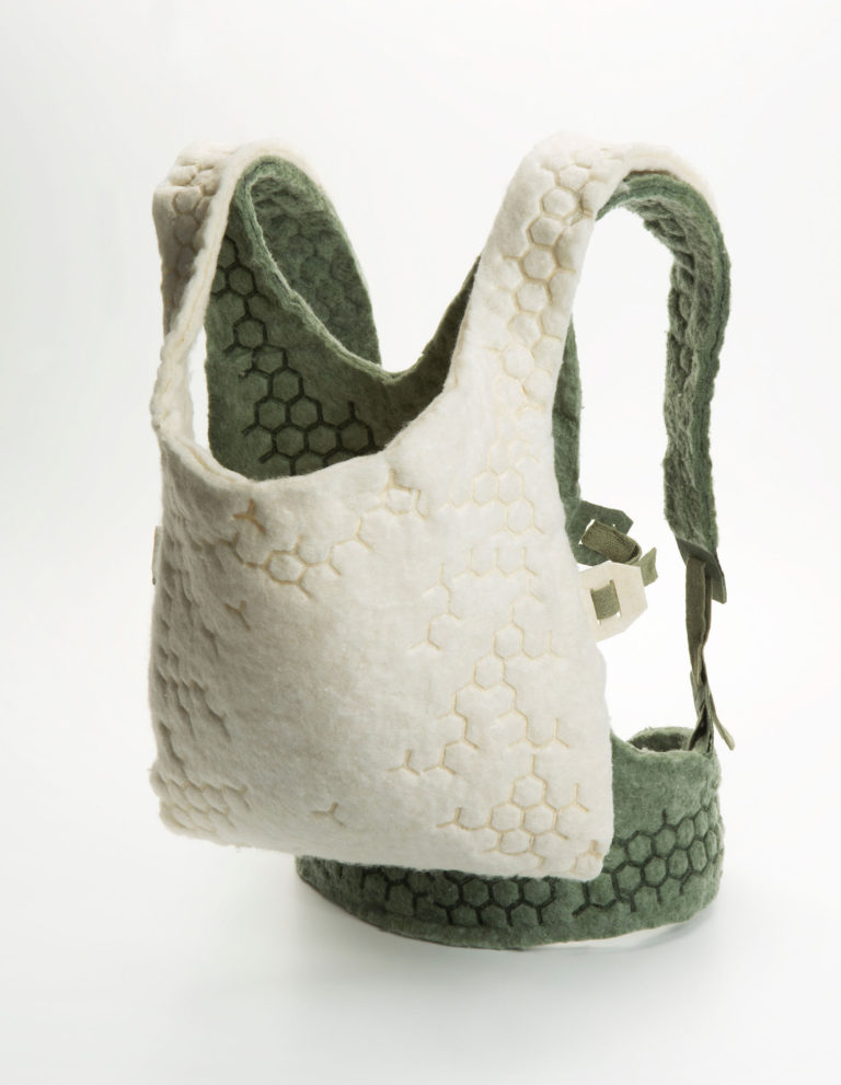 Studio Bas Froon - biobased babyycarrier