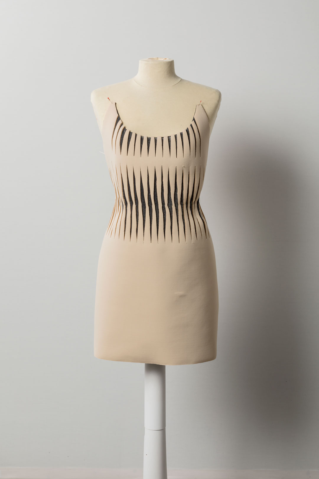 SeamlessShapingTextiles---development-dress-5